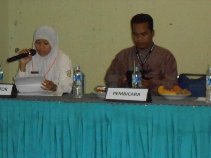 bersama moderator dari OSIS SMA Tamhar